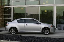 2010 Scion tC #10