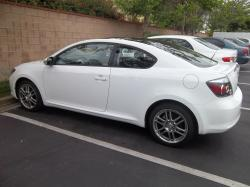 2010 Scion tC #18