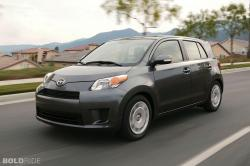 2010 Scion xD #18