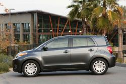 2010 Scion xD #20