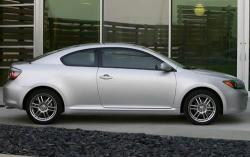 2010 Scion tC #4