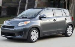 2010 Scion xD #2