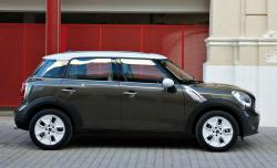 2011 MINI Cooper Countryman #15