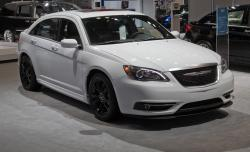 2013 Chrysler 200 #16