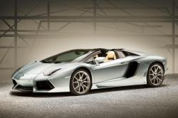 2013 Lamborghini Aventador LP 700-4 Roadster at 217mph can make your heart skip