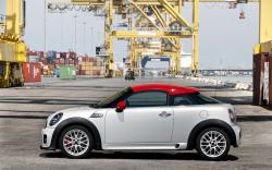 2013 MINI Cooper Coupe #17
