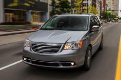 2014 Chrysler Town and Country #5