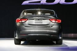 2015 Chrysler 200 #15
