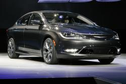 2015 Chrysler 200 #13