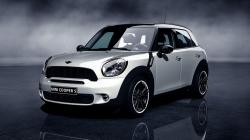 2015 MINI Cooper Countryman #4