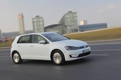2015 Volkswagen e-Golf #2