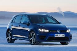 2015 Volkswagen Golf R #13