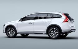 2015 Volvo V60 Cross Country