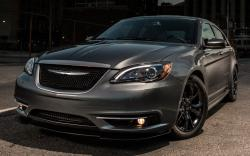 2016 Chrysler 100 #9