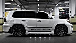 The beast Lexus LX is a blessing to watch