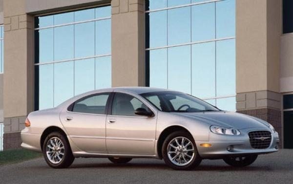 2004 Chrysler Concorde #1