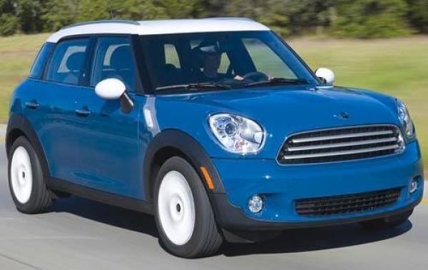 2011 MINI Cooper Countryman #1
