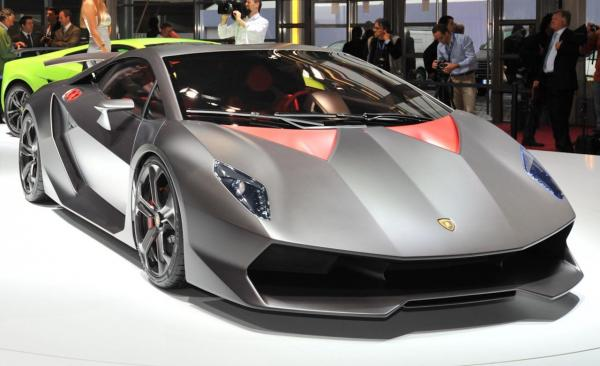Lamborghini Sesto Elemento - Only 20 Units Of This Beauty Produced