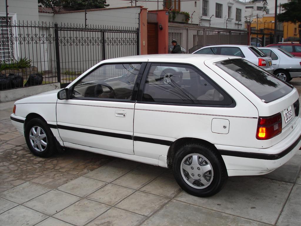 Hyundai Excel on 1990 Hyundai Elantra
