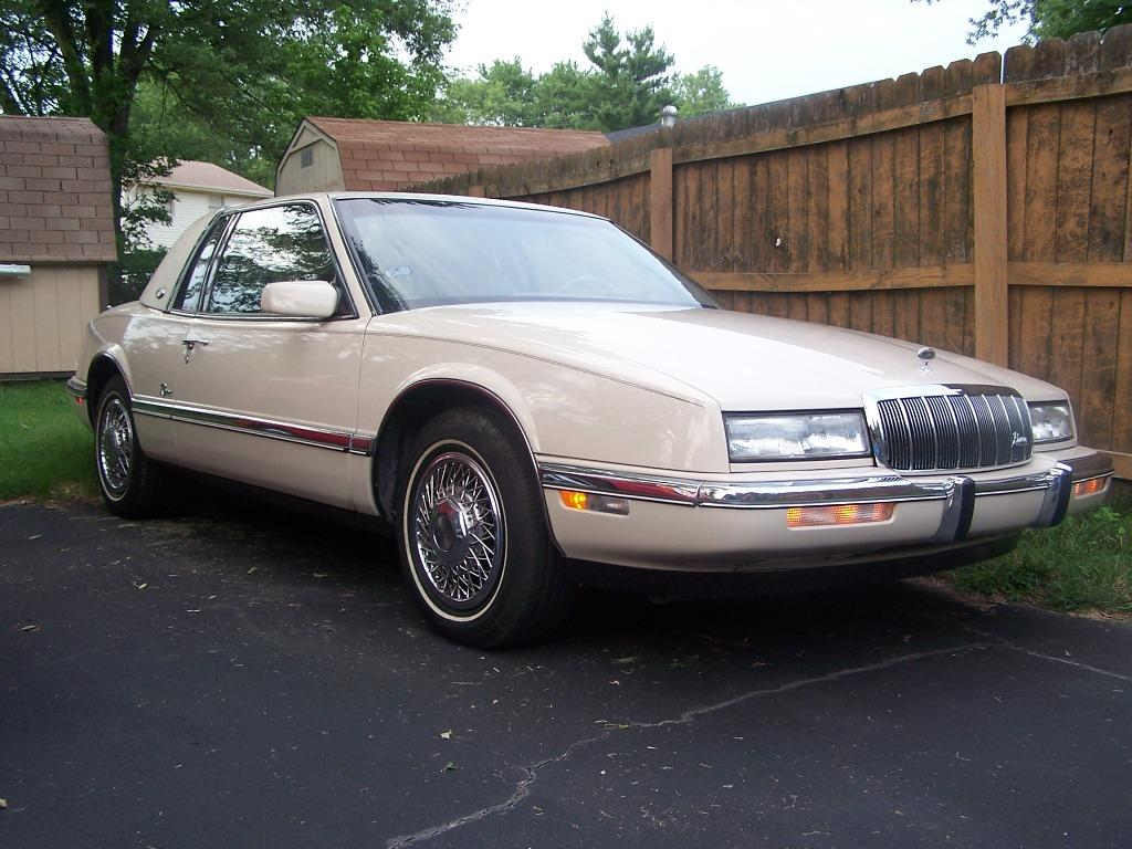 1991 Buick Riviera - Information and photos - ZombieDrive