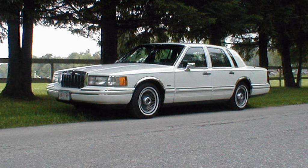 1991 Lincoln Town Car Information And Photos Zombiedrive