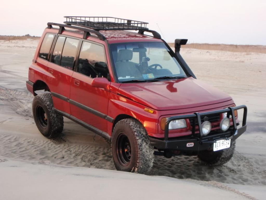 45648801 6 as well Injectors also 852 Suzuki Samurai For Sale Craigslist Wallpaper 5 further 132737 Short 4 Door Trackick in addition Best Rear Seats Ever Geo Tracker Suzuki Sidekick. on suzuki sidekick jlx
