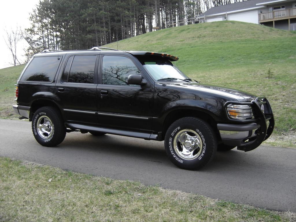 1997 ford explorer information and photos zombiedrive. Black Bedroom Furniture Sets. Home Design Ideas