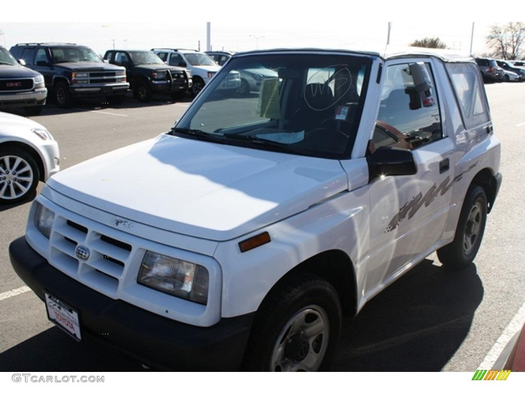 1997 Geo Tracker - Information And Photos