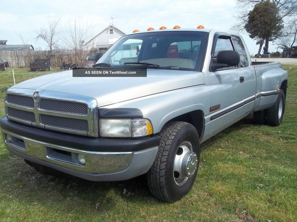 1999 dodge ram pickup 3500 information and photos. Black Bedroom Furniture Sets. Home Design Ideas