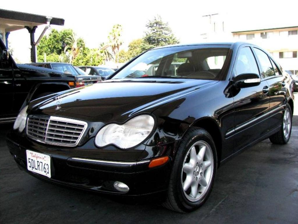 2003 mercedes benz c class information and photos zombiedrive. Black Bedroom Furniture Sets. Home Design Ideas