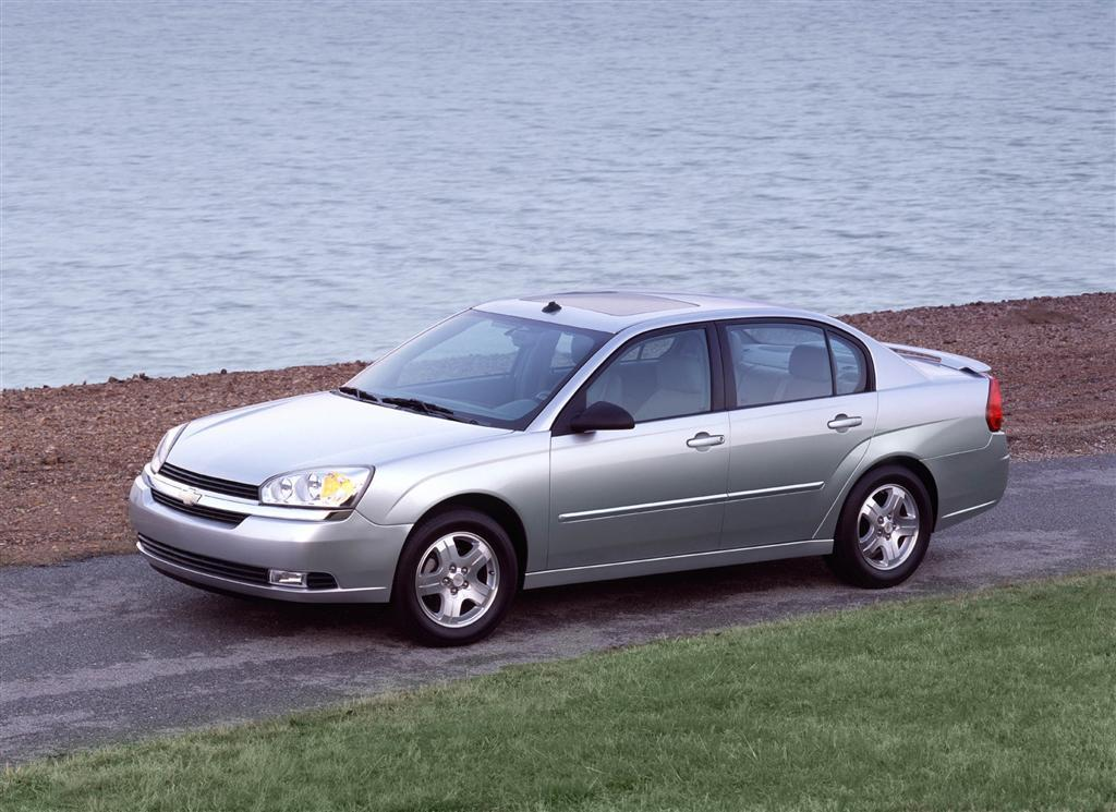 2004 chevrolet malibu maxx information and photos. Black Bedroom Furniture Sets. Home Design Ideas