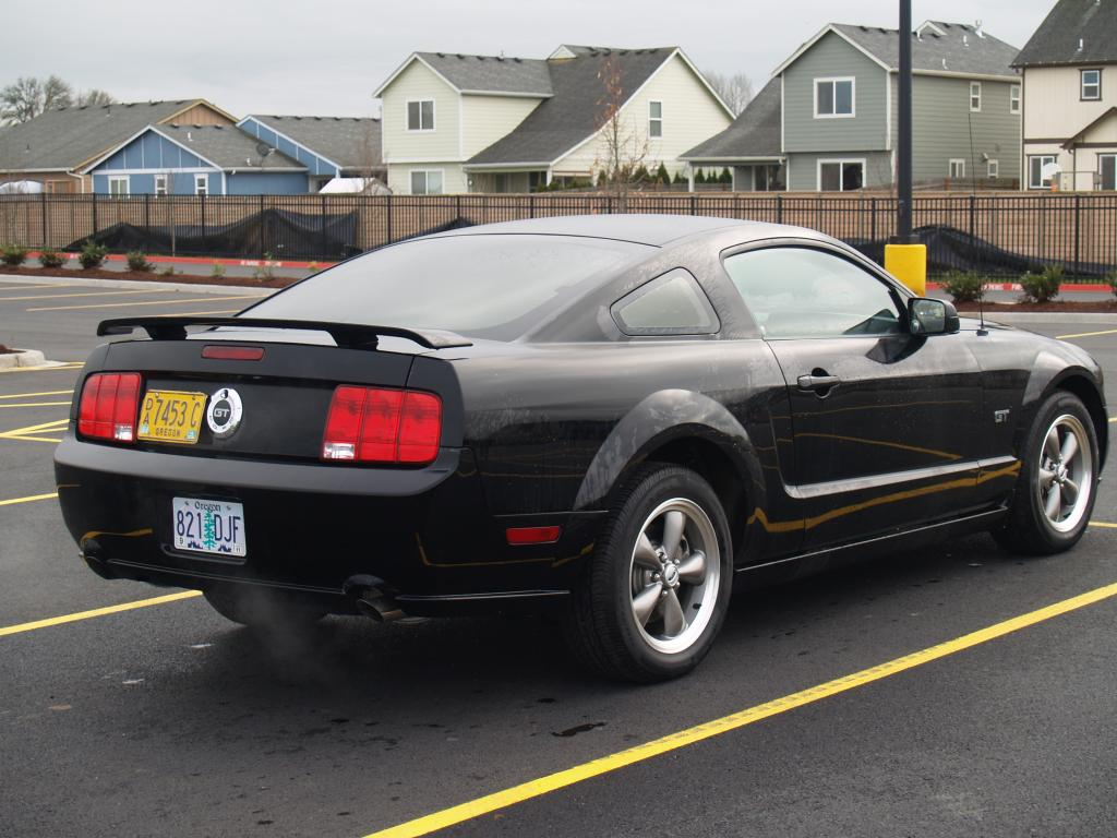 2005 ford mustang information and photos zombiedrive. Black Bedroom Furniture Sets. Home Design Ideas