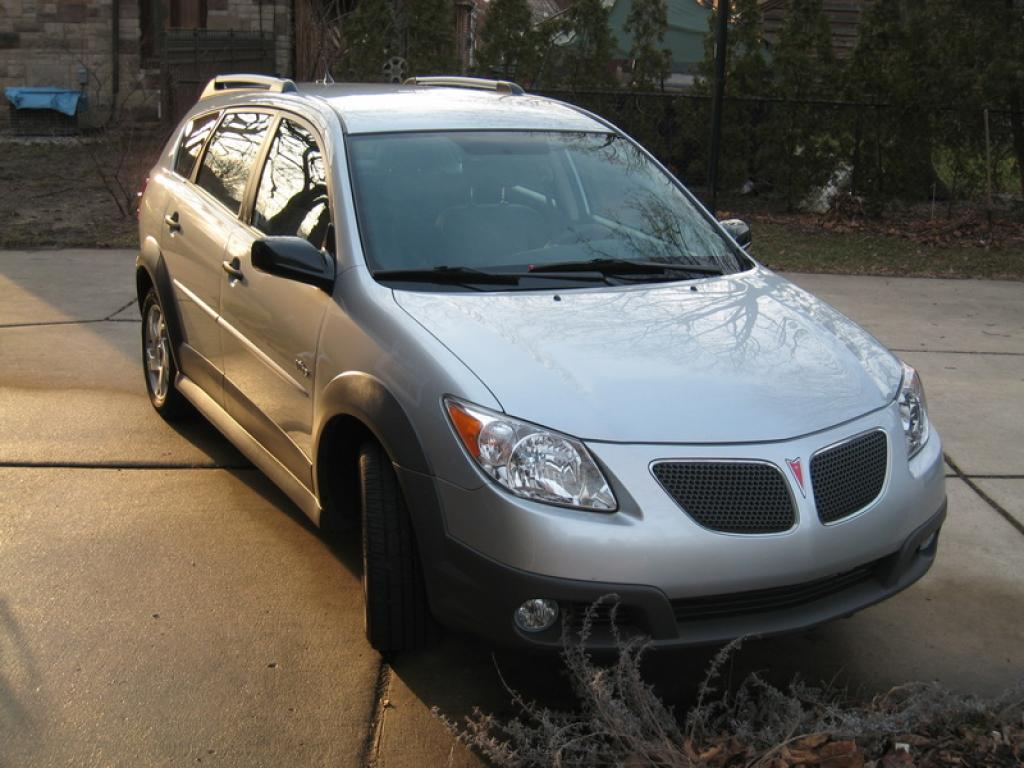 2005 Pontiac Vibe Information And Photos Zombiedrive