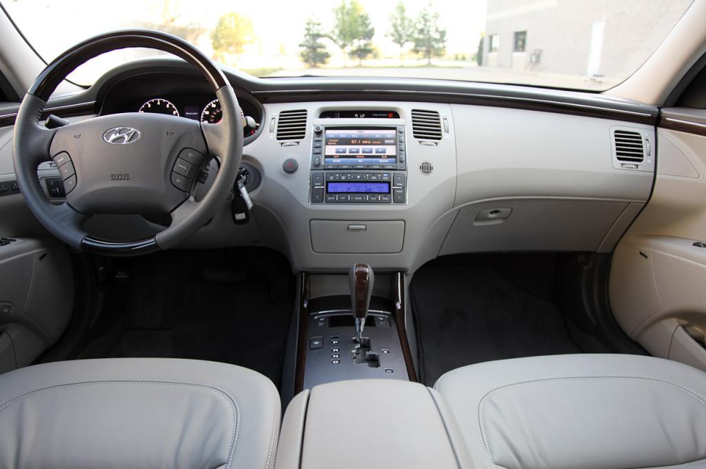 2009 hyundai azera information and photos zombiedrive 2008 Hyundai Tiburon Interior 800 1024 1280 1600 origin 2009 hyundai azera