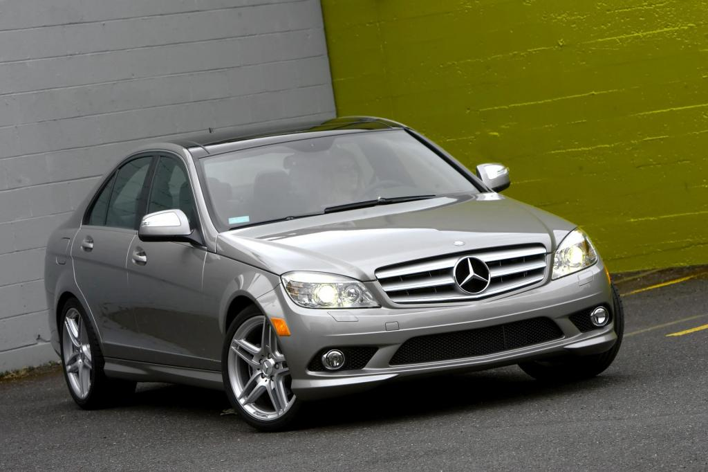 2009 mercedes benz c class information and photos for Mercedes benz c class 2009