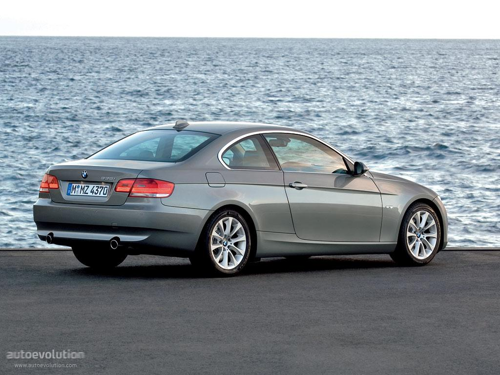 2010 bmw 3 series information and photos zombiedrive. Black Bedroom Furniture Sets. Home Design Ideas