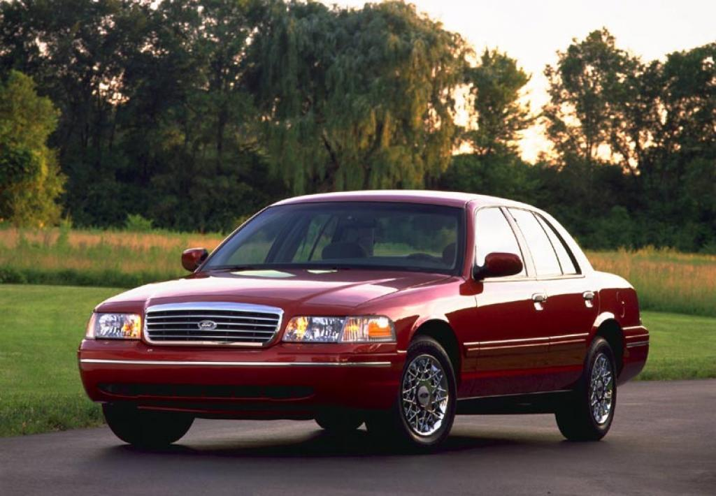 2010 ford crown victoria information and photos. Black Bedroom Furniture Sets. Home Design Ideas