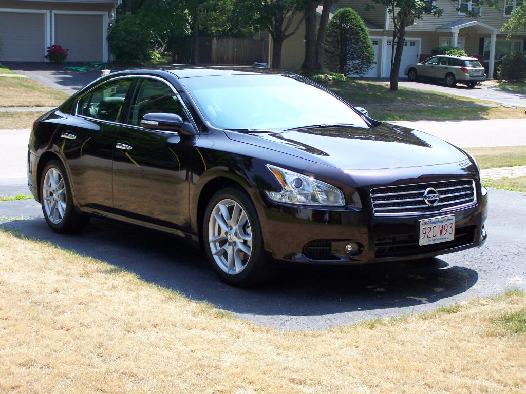 2010 nissan maxima information and photos zombiedrive. Black Bedroom Furniture Sets. Home Design Ideas