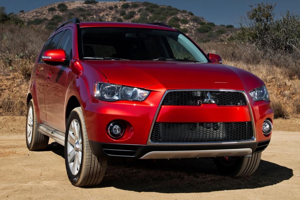 2012 Mitsubishi Outlander - Information and photos - Zomb Drive
