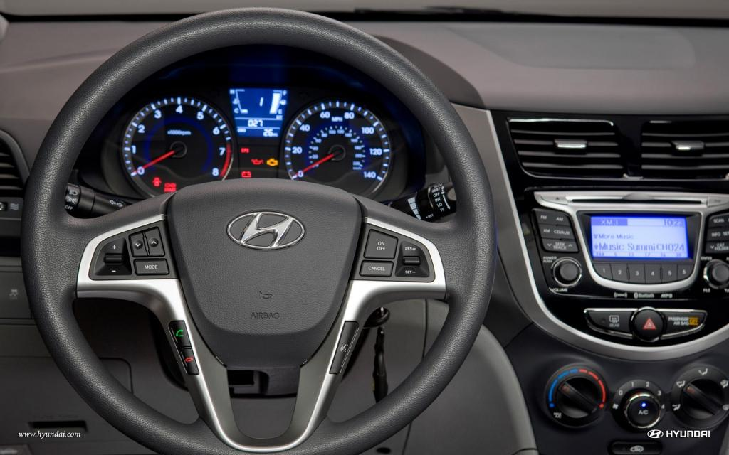 800 1024 1280 1600 Origin 2013 Hyundai Accent ...