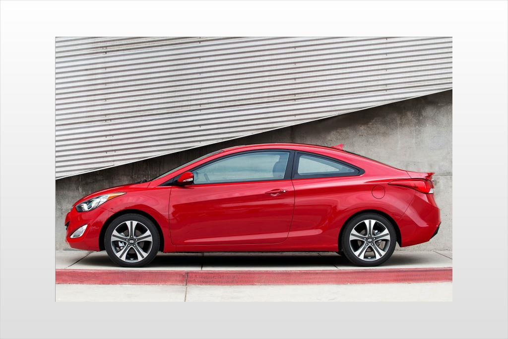 2013 hyundai elantra coupe information and photos zombiedrive. Black Bedroom Furniture Sets. Home Design Ideas