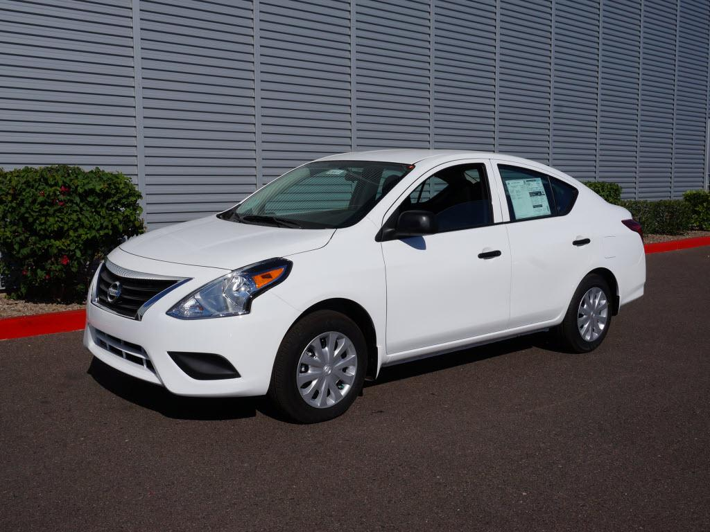 2015 nissan versa information and photos zombiedrive. Black Bedroom Furniture Sets. Home Design Ideas