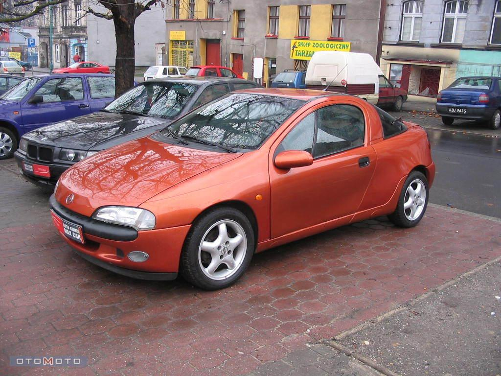 opel tigra maintaining the classic sporty profile. Black Bedroom Furniture Sets. Home Design Ideas
