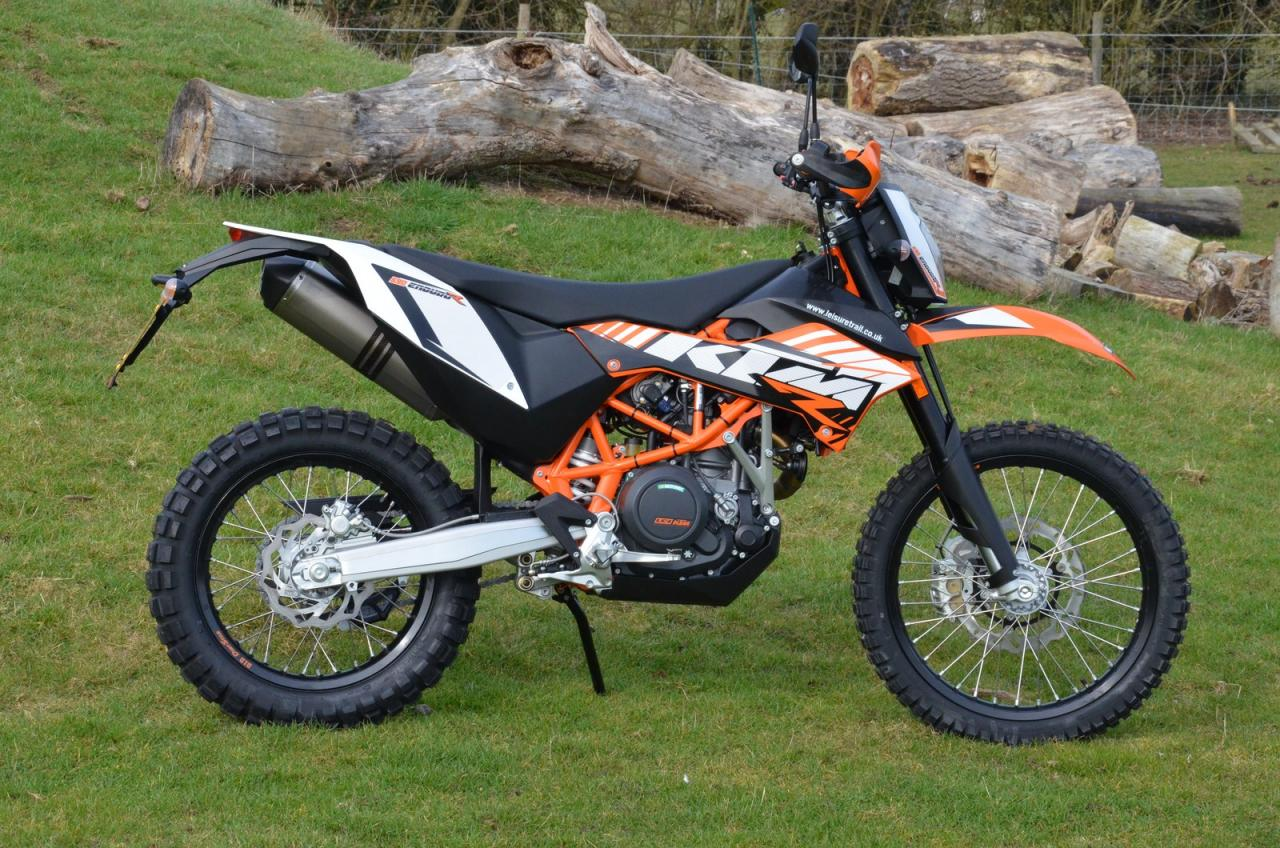 ktm 690 enduro born for off road riding. Black Bedroom Furniture Sets. Home Design Ideas