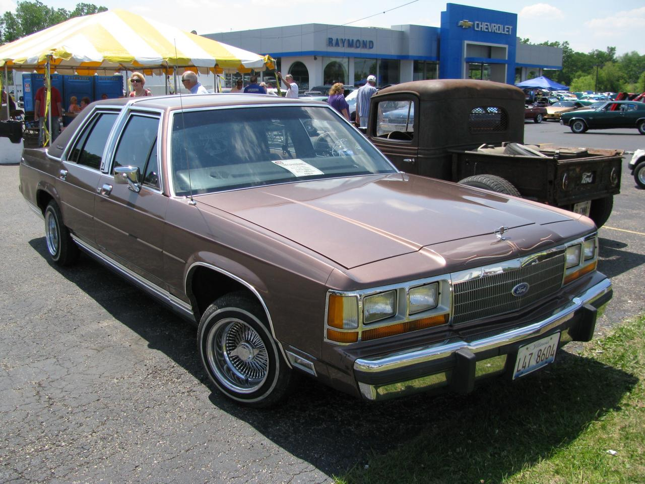 1991 ford ltd crown victoria information and photos zombiedrive. Black Bedroom Furniture Sets. Home Design Ideas