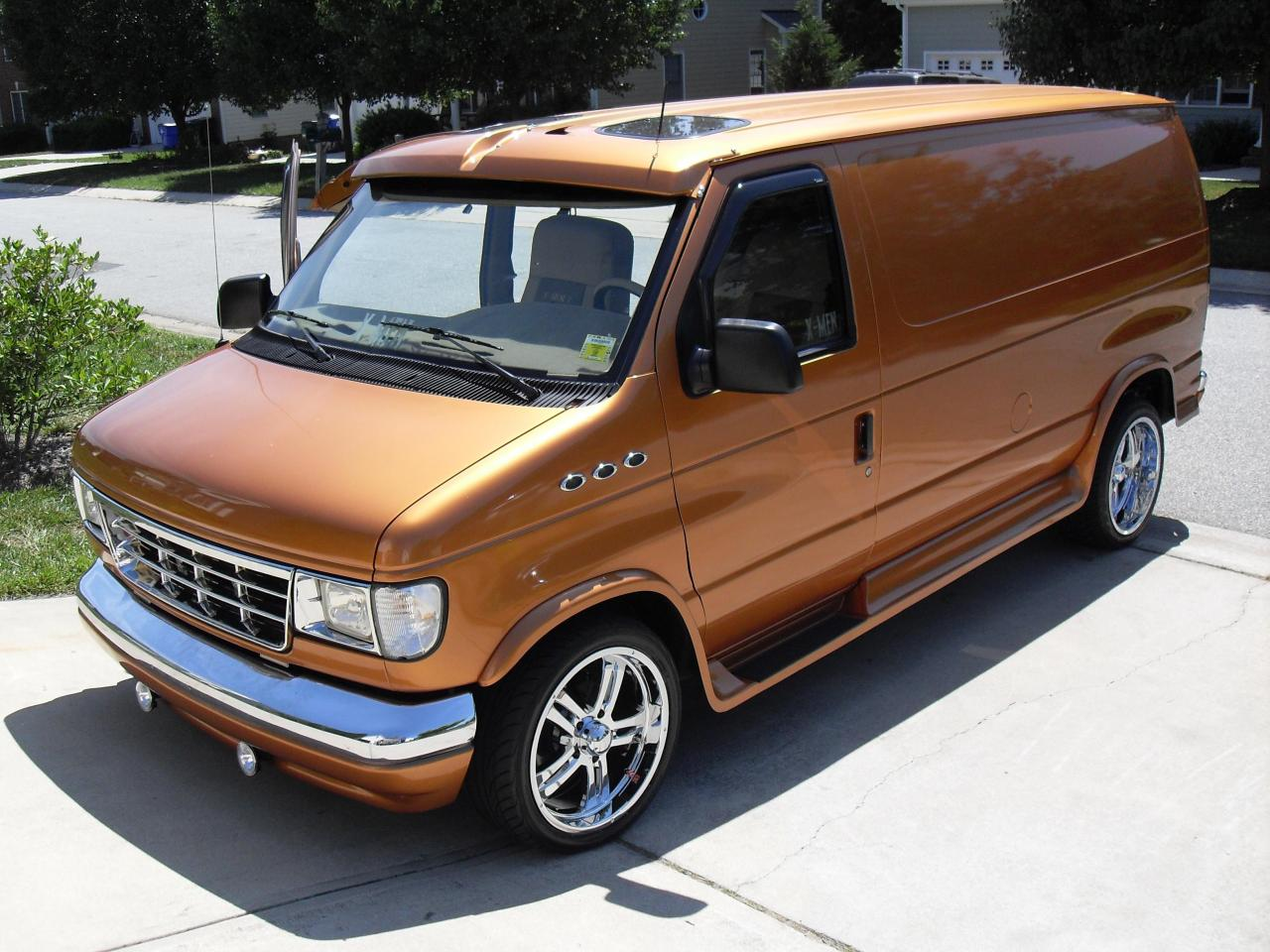 1992 ford e 150 information and photos zombiedrive. Black Bedroom Furniture Sets. Home Design Ideas