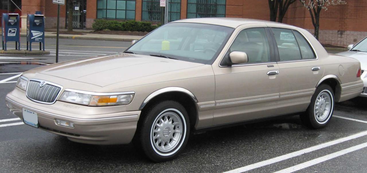 Mercury Grand Marquis on 1990 Dodge Monaco