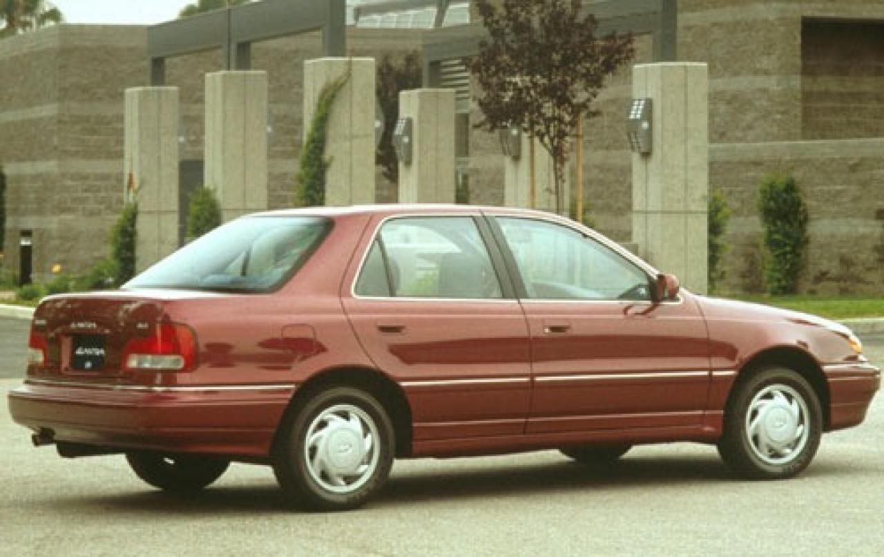 1994 Hyundai Elantra Information And Photos Zombiedrive