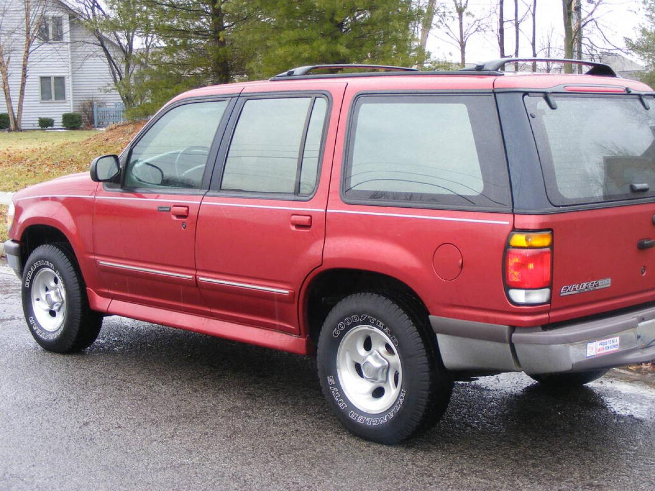 1997 ford explorer information and photos zombiedrive for 1997 ford explorer window problems