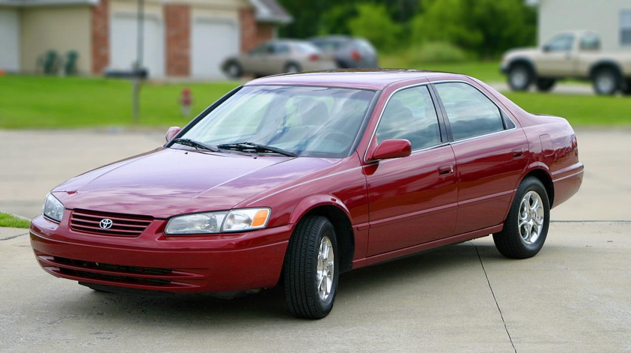 Toyota Camry Colors >> 1998 Toyota Camry - Information and photos - ZombieDrive